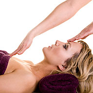Young_woman_having_massage